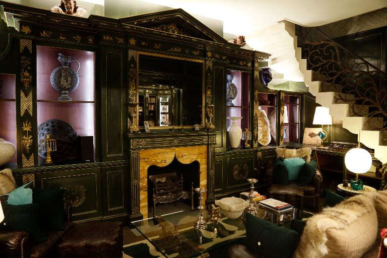 Fitted library lacquered timber enriched with gilt chinoiserie, 2010