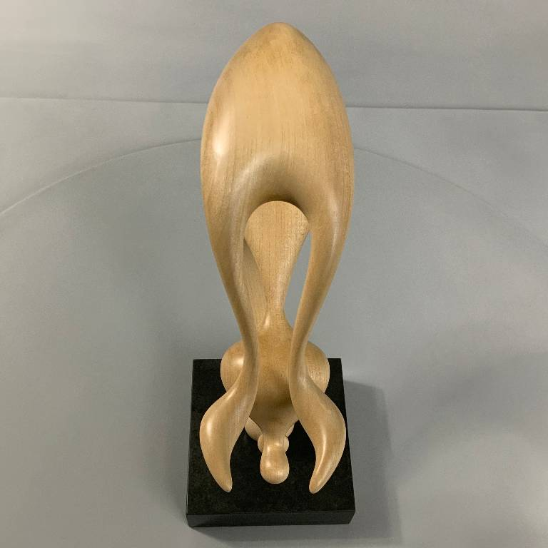 Award winning sculptor Misti Leitz perfectly captures movement in this piece